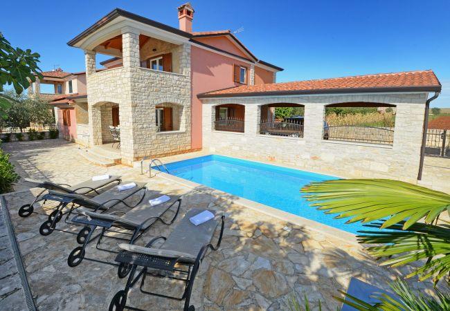 Rogovici - Villa