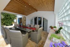 Ferienhaus in Buici - Villa Sunce
