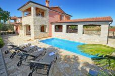 Villa a Rogovici - Villa Bianca