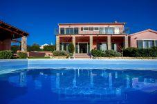 Villa a Tinjan - Villa Maddalena