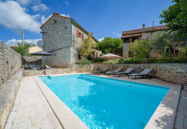 Villa/Dettached house in Heraki - Villa Terra Rossa Heraki